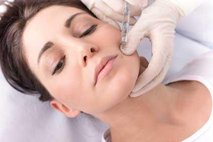 Skinbooster à Paris - Dr Soraya Benamor, médecine esthétique à Paris 9